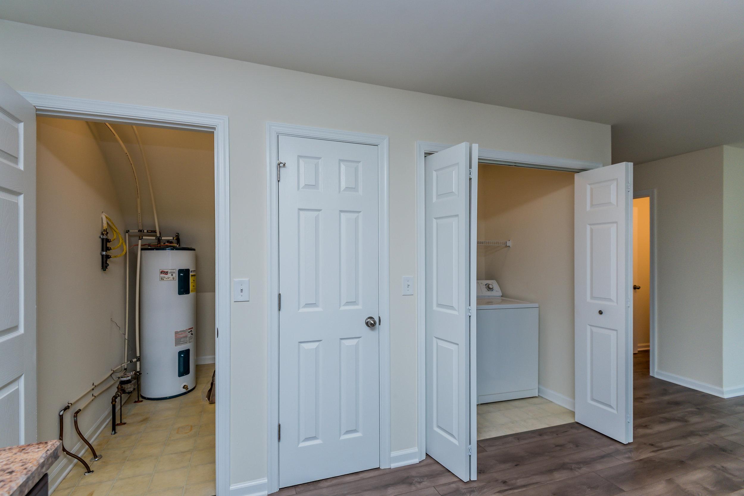 kitchen_storage_1_of_1_.jpg