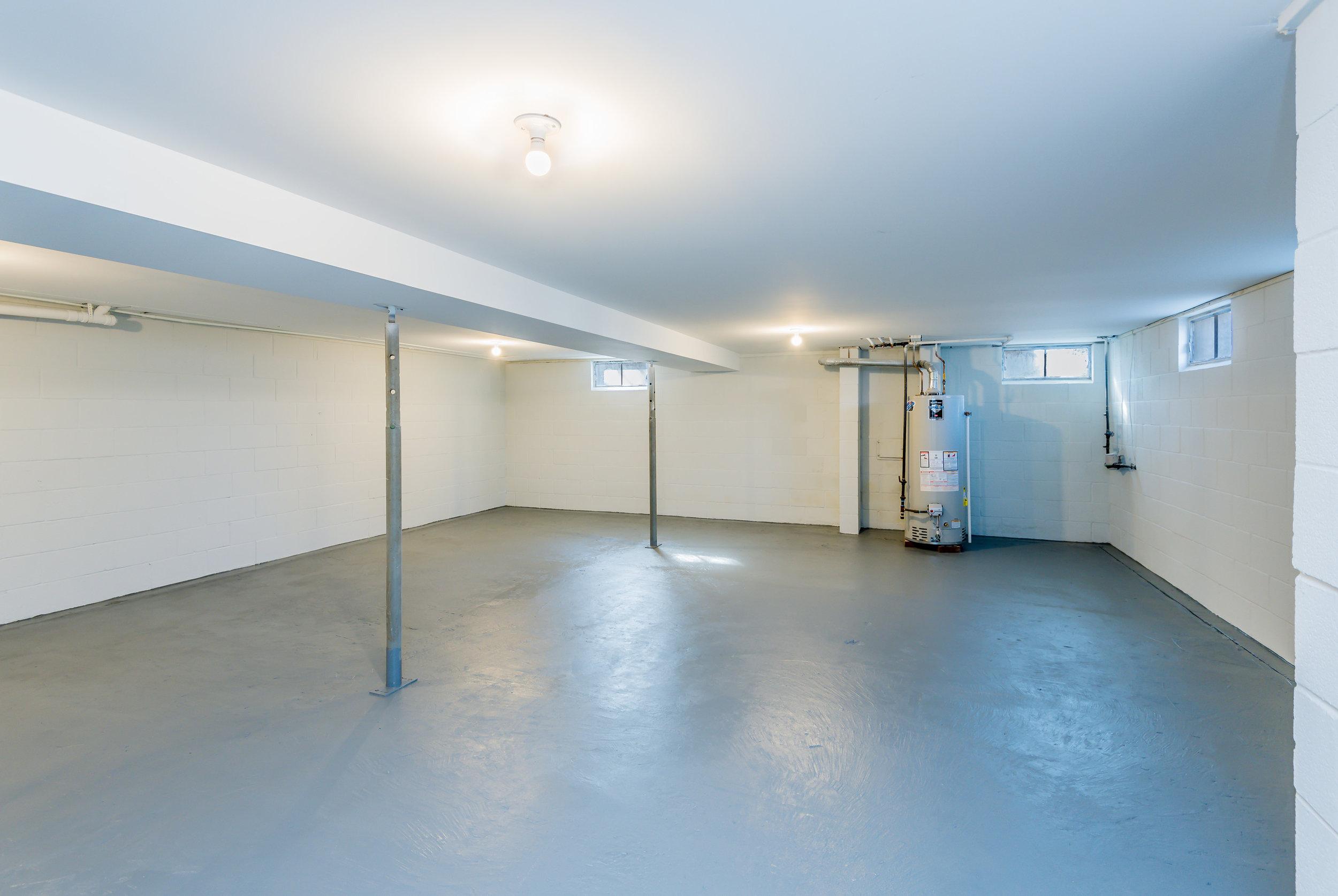 basement_1_of_1_.jpg