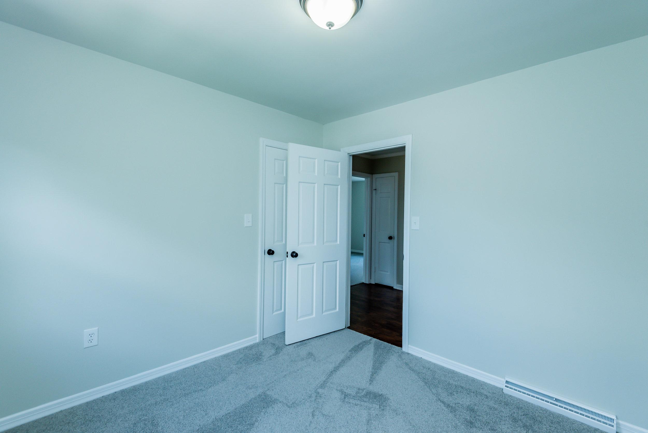 room_3_1_of_1_-2.jpg