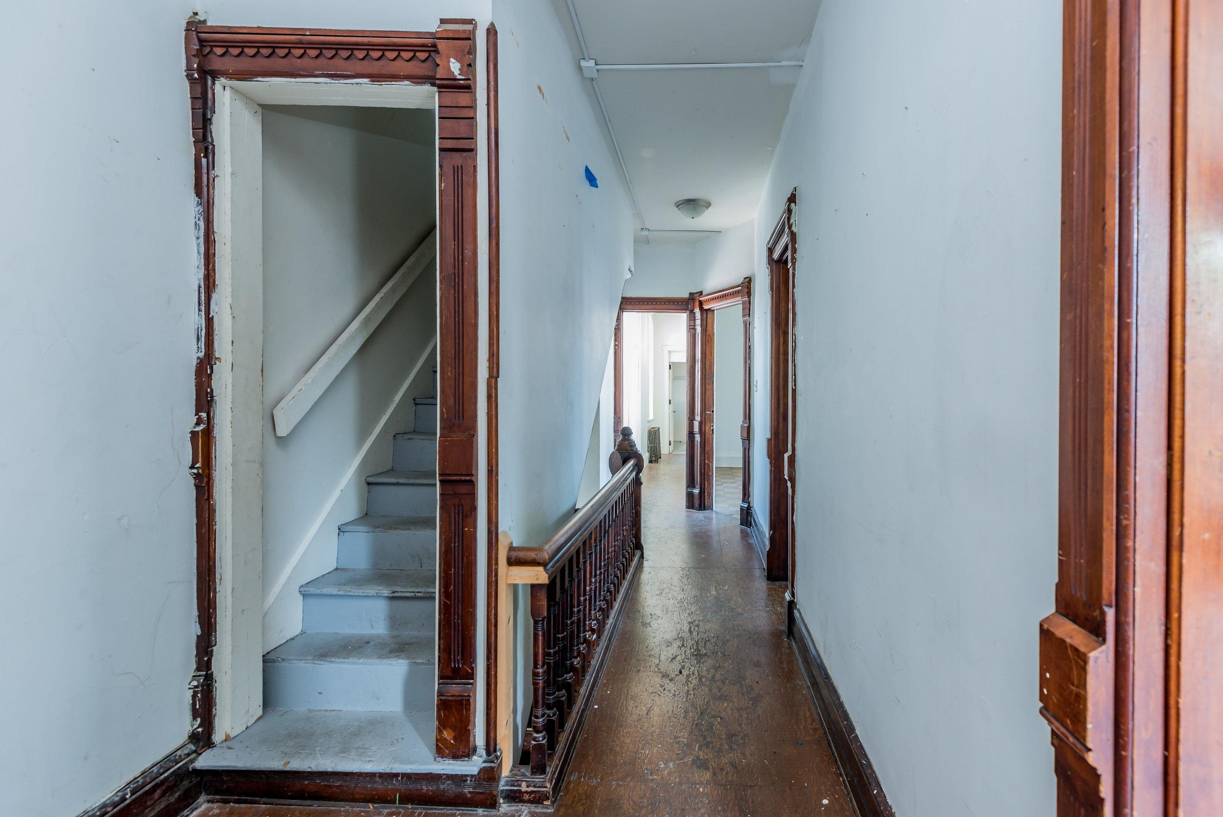 upstairs hall (1 of 1).jpg