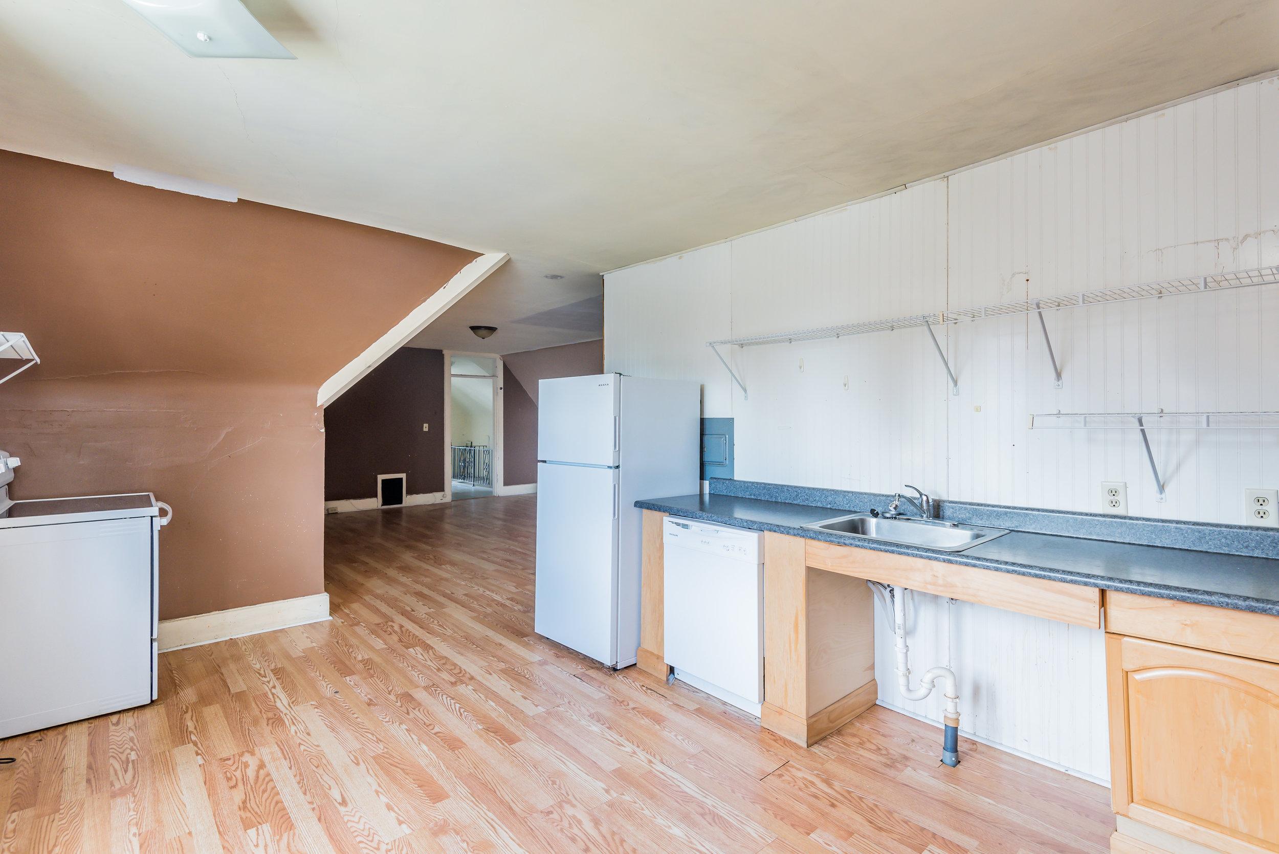 upstairs kitchen (1 of 1)-2.jpg