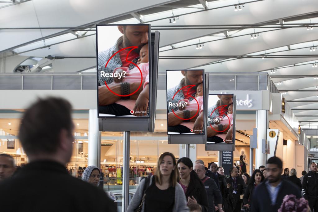 Heathrow signs mockup 01.jpg