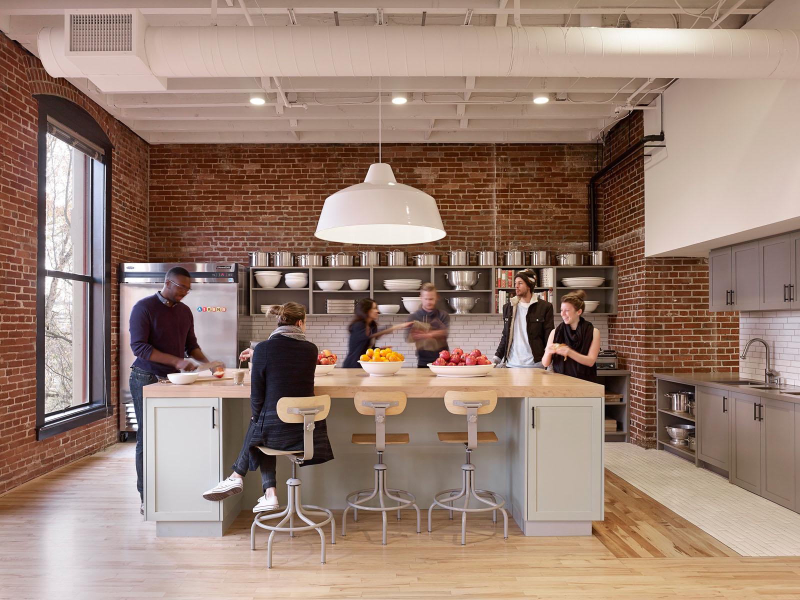 bora_kitchen.jpg