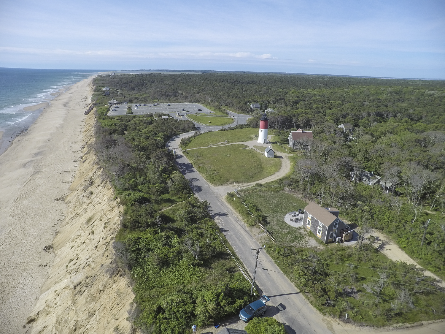 Nauset+Light+looking+south+along+beach.png