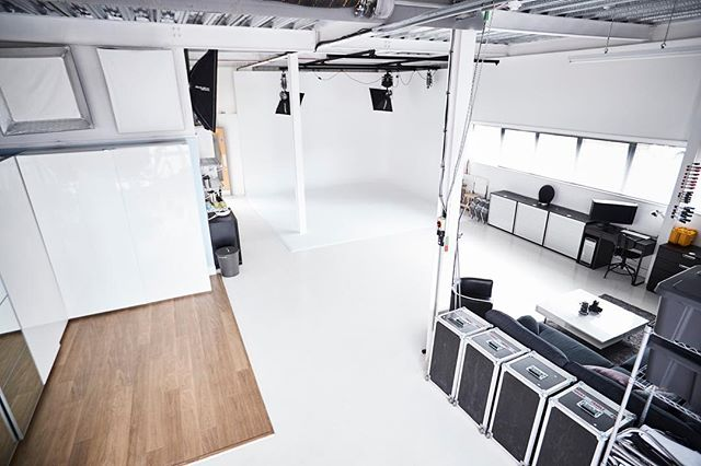 Need a space to shoot? We have 4.5m Infinity Cove and a large daylight area. Get in touch today for a quote ☺️ . . OUR FACILITIES⠀ • 1,600ft Shooting Area.⠀ • 4.5m Square Infinity Cove.⠀ • Daylight Area.⠀ • Wide Range of Equipment for Hire (Stills/Video/Flash/HMI).⠀ • Photographer & Videographer Also Available to Hire.⠀ • Tea/Coffee, Cold Drinks & Snacks.⠀ .⠀ .⠀ Interested in working with us? ⠀ Get in touch www.MonkeyBusinessStudio.co.uk⠀ .⠀ .⠀ #commercialstudio #commercialphotography #corporate #corporate #corporatelife #oxford #oxfordshire  #Studio #contentcreators ⠀ #canon1dxmk2 #1dx #commercial #shotoncanon #photography #portraits #smallbusiness #studio #contentcreators #canoncamera #oxford #oxfordshire #photoshop #adobe #corporatephotography #commercialphotographer #videoproductionservices