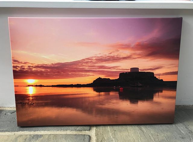 So pleased with the result of this canvas print of Fort Grey, and another happy customer! 🙂  #justgoshoot #ig_myshot #sunset #visualsoflife #photography #fujifilm #fujilove #canvas #canvasprint #fujilovers #guernseylife #visitguernsey #sunset_love #sunsets_oftheworld