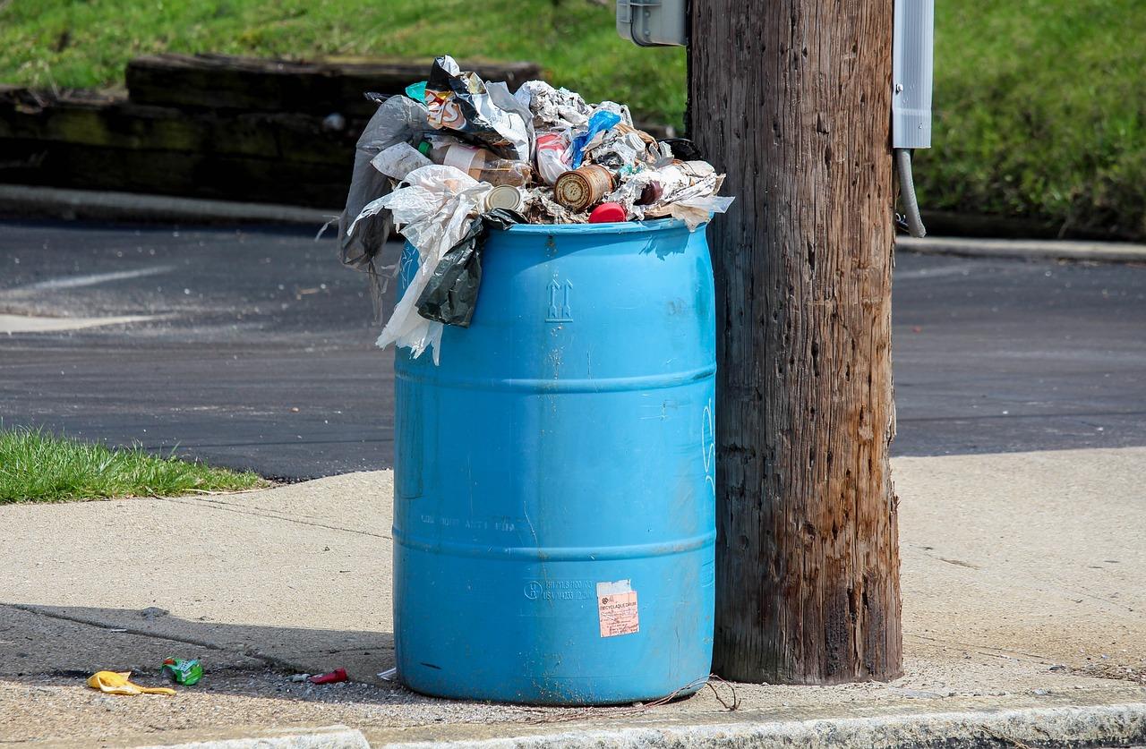 garbage-3305433_1280.jpg