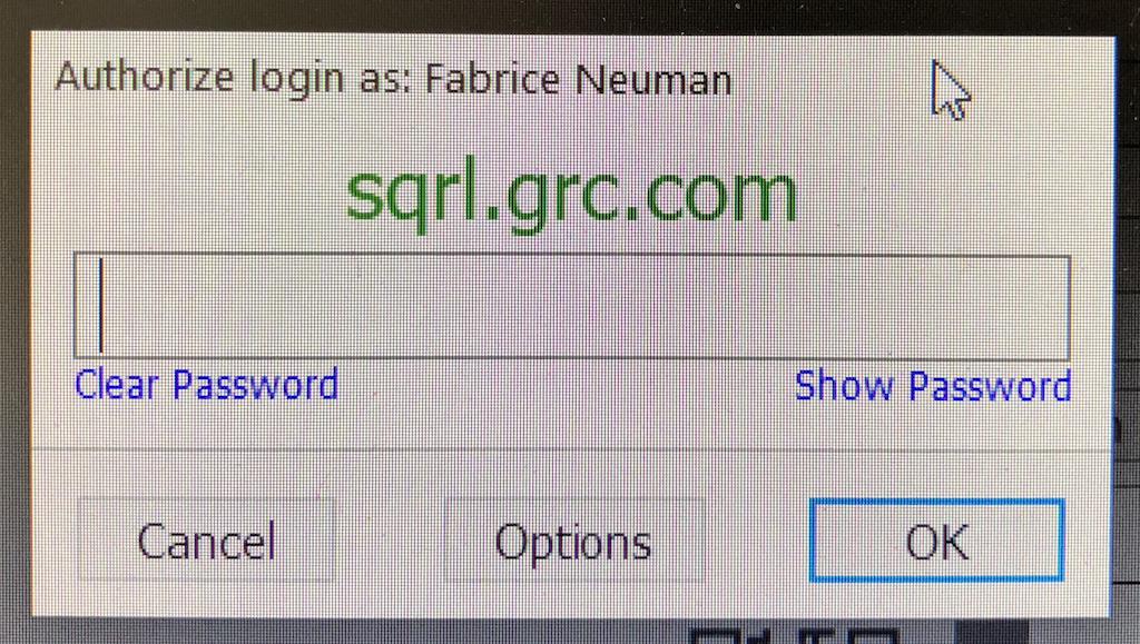 La fenêtre de validation de connexion de SQRL vous montre toujours le site Web sur lequel vous êtes en train de vous connecter. (cliquez pour agrandir)