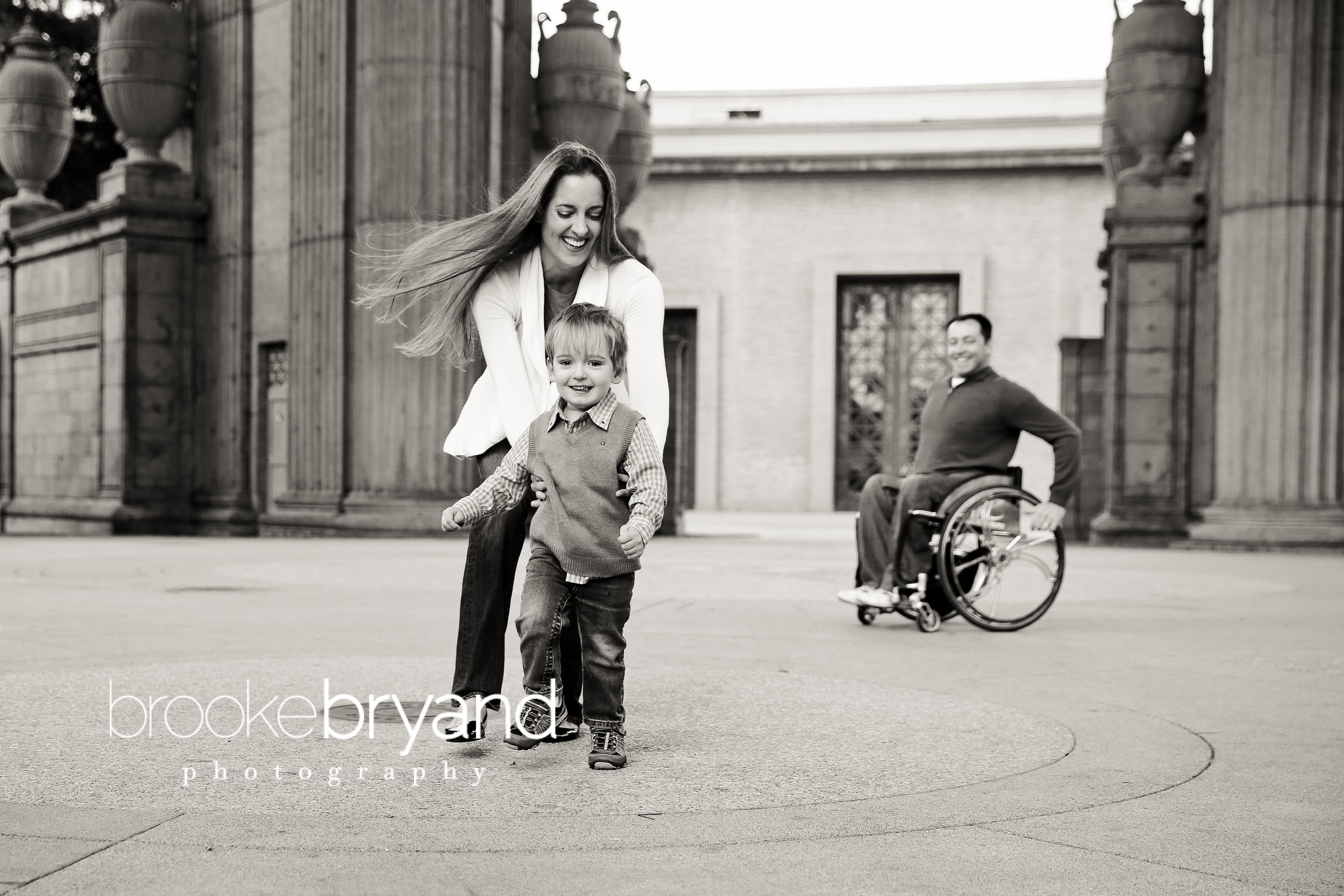 11.2013-Mil-Brooke-Bryand-Photography-Palace-of-Fine-Arts-Family-Photos-San-Francisco-Family-photographer-BBP_0066.jpg