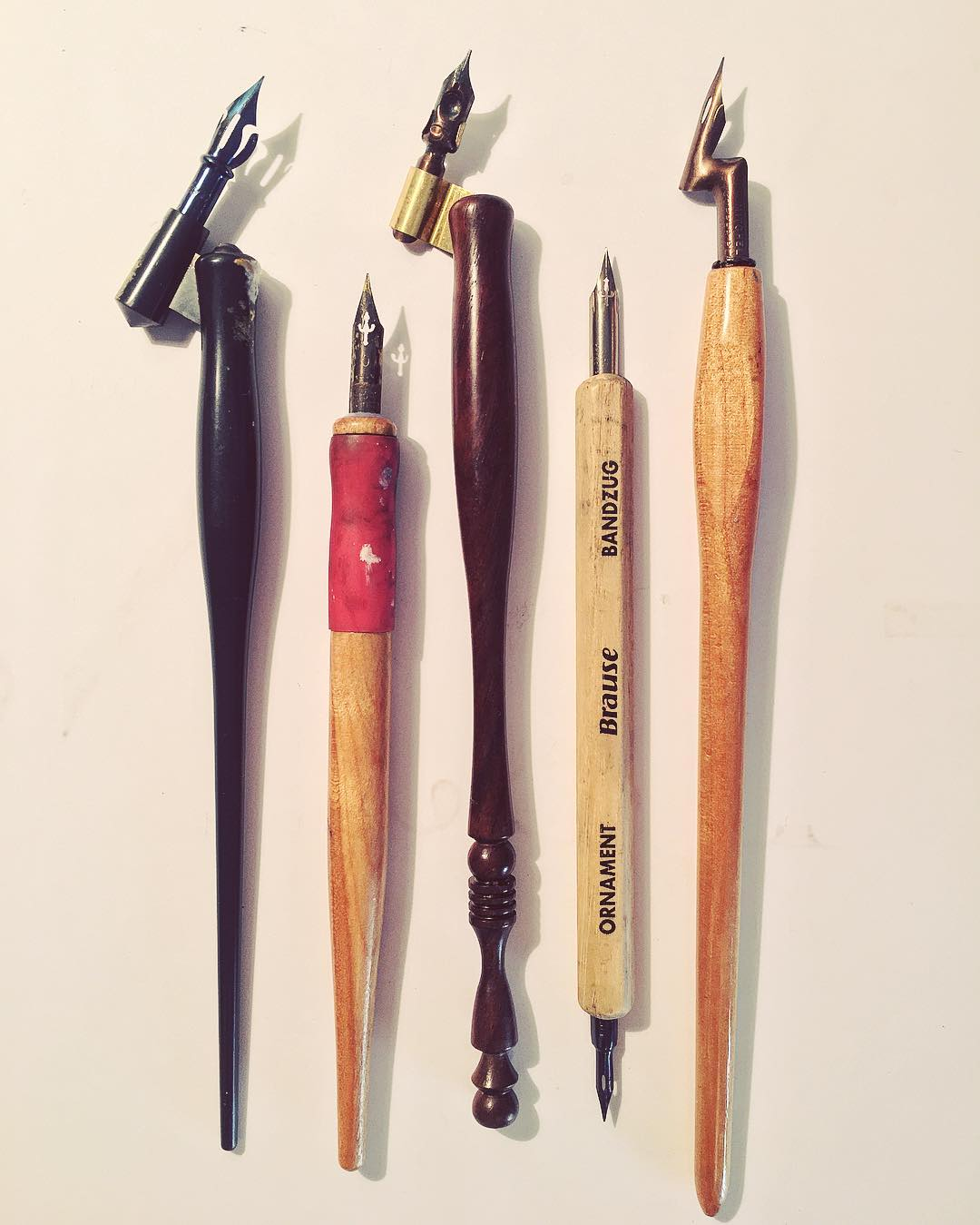 pointed-pen-holders