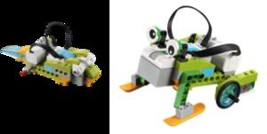 """ROBÓTICA com LEGO WEDO - Oficina de Robótica e Programação. Usando o kit de robótica da LEGO, as crianças escolhem e montam um girino ou um sapo. Depois programam este robô para fazer o movimento correspondente (nadar ou pular) quando """"vê algo"""" (sensor de presença)."""