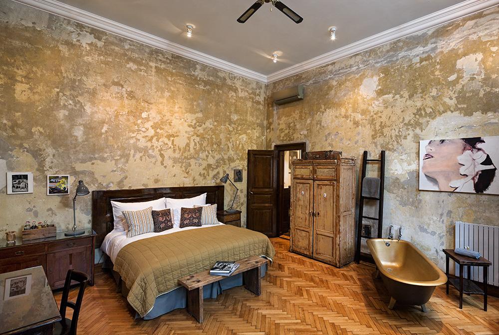 Tinei Room wide by Adam Parker.jpg