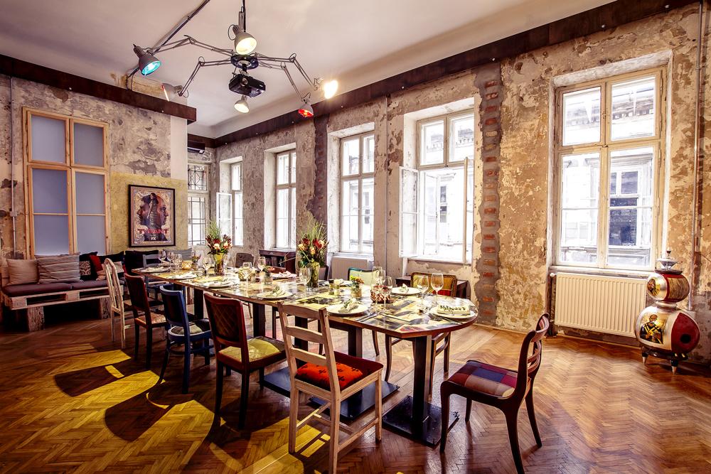 Drawing-room-(dining)-(3).jpg