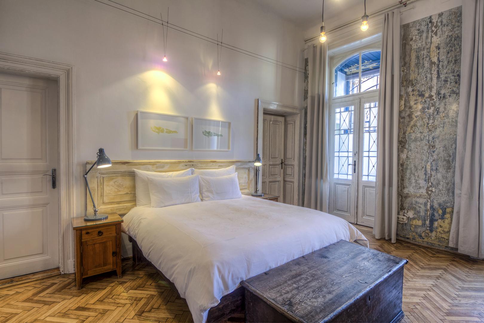 Claret Room (11).jpg