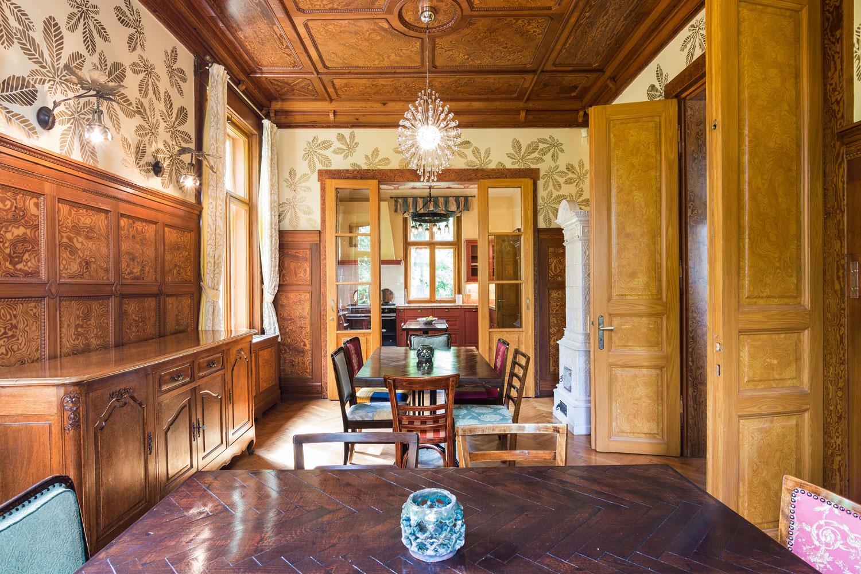 The Breakfast Room & Kitchen