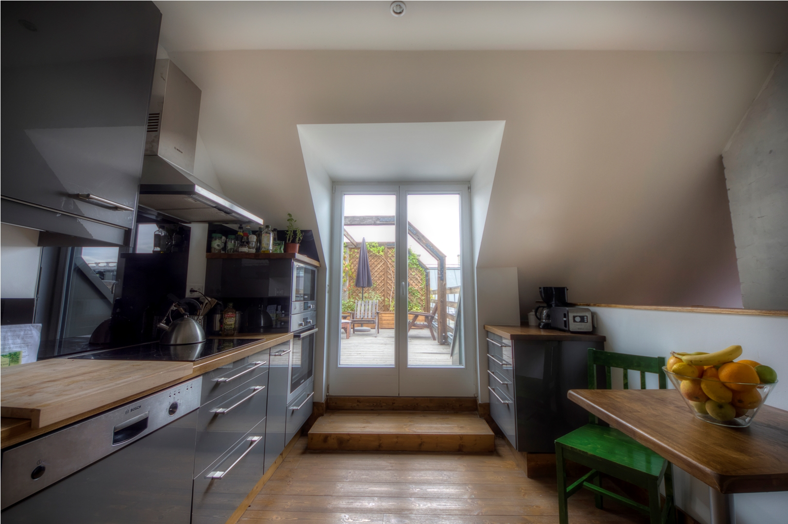Apt23_kitchen.jpg