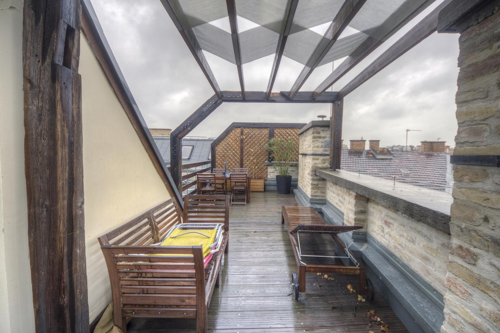 Apt22_terrace.jpg