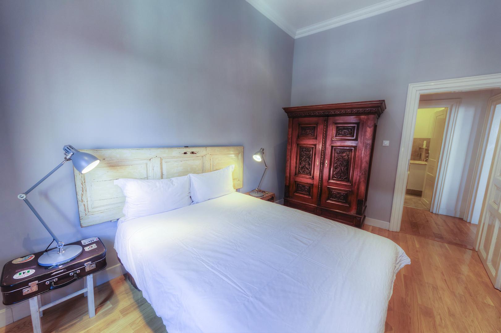 Apt16_bedroom3.jpg
