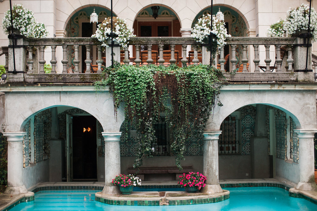Well+Travelled+Bride+Budapest+Hungary+Wedding+Venue.jpeg