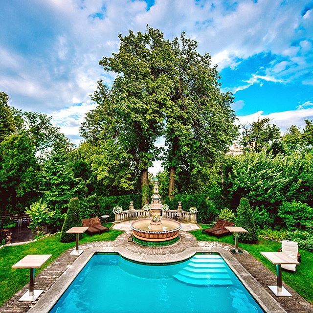 No place better for a summer garden party then the one and only Writer's Villa . . . . #brodyland #brodyhouse #thewritersvilla #budapest #budapesthotel #villa #brodylove #zsolnay #wheretostay #budapestwedding #designinspiration #inspiration #weddingvenue #weekendgetaway #travelbudapest #besthotels #mrandmrssmith #wedding #instamood #moodstagram #travelhungary #budapestvilla #privatevilla #pool #eskuvo #summerwedding #weddinggoals #engaged #honeymoon
