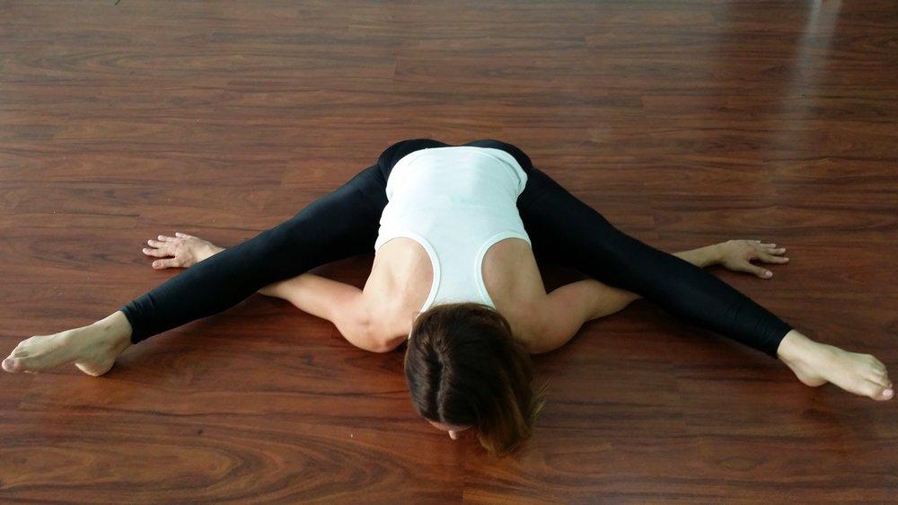 yoga-teacher-body-and-mind-room