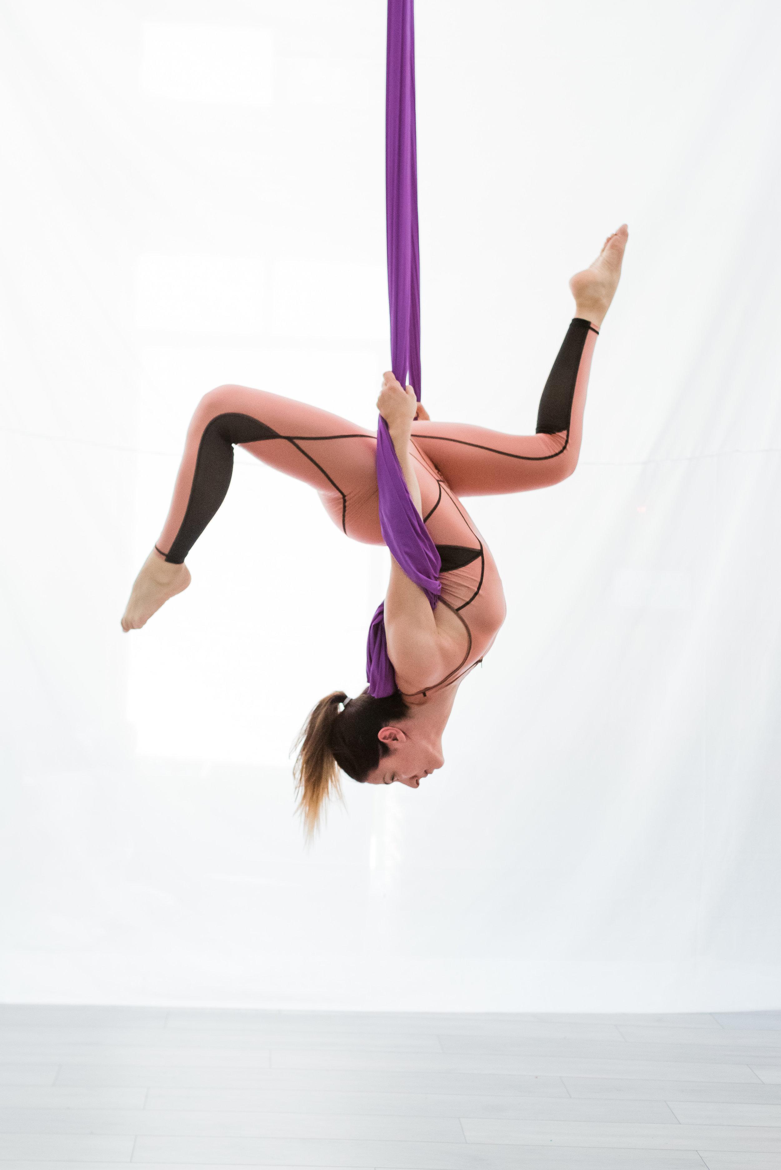 www.nefelimaggalousi.com
