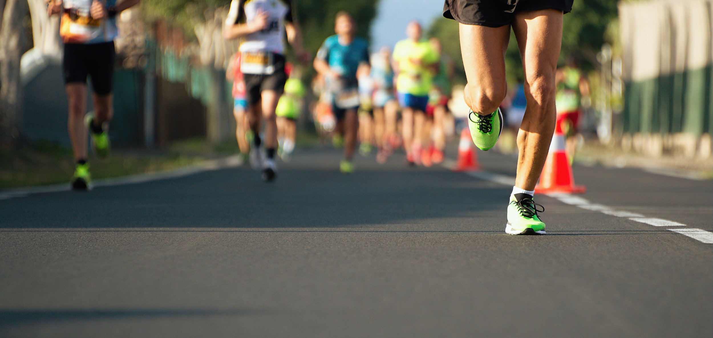 Marathon group running.jpeg
