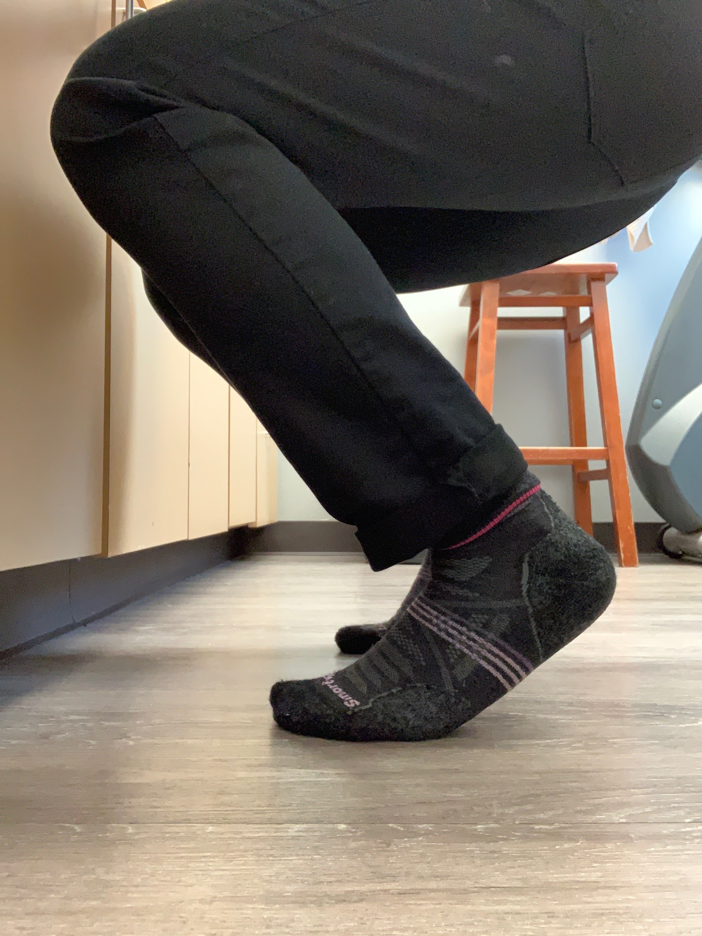 Plantar fasciitis crouch test.jpeg