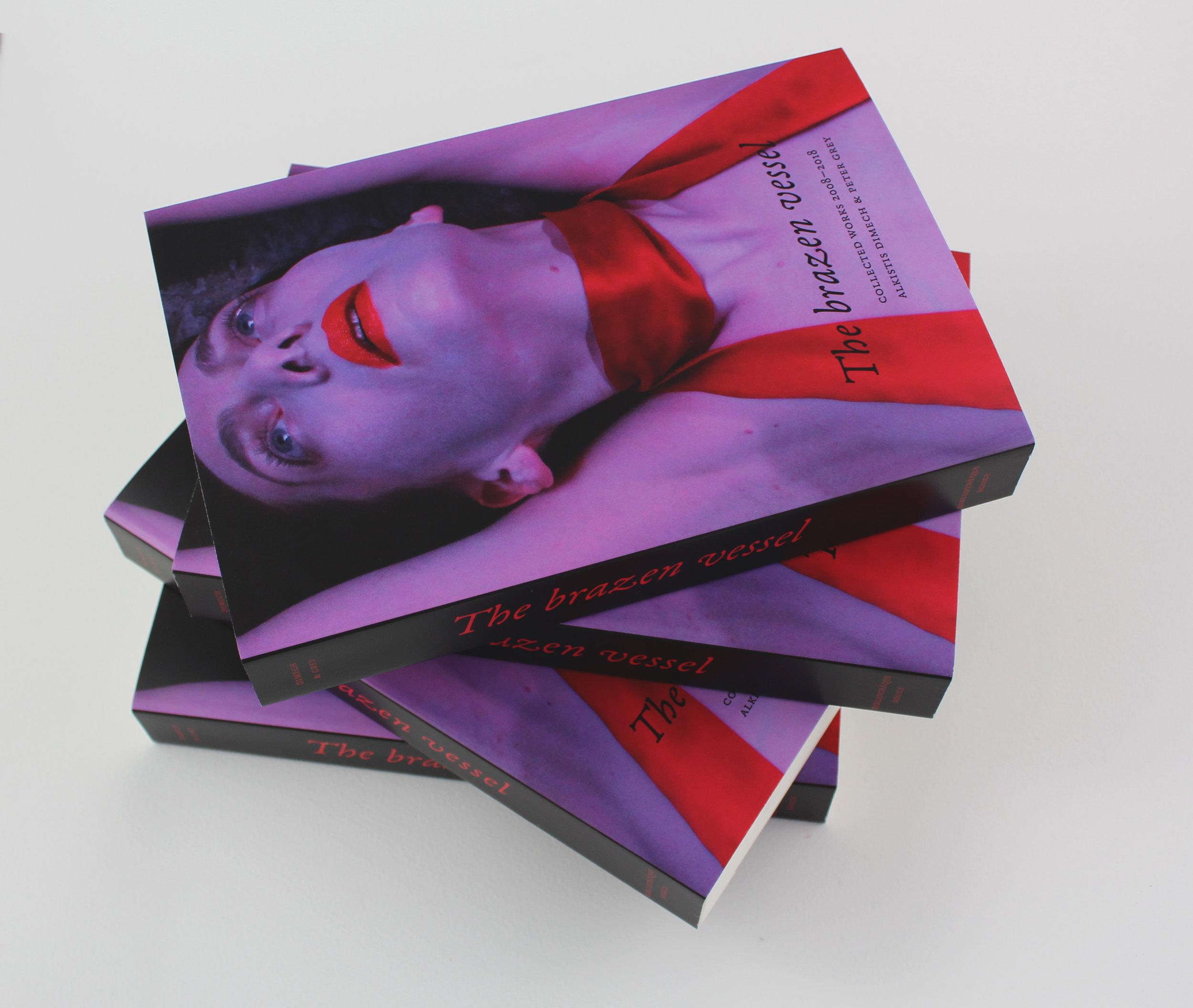 Bibliothèque rouge paperback edition