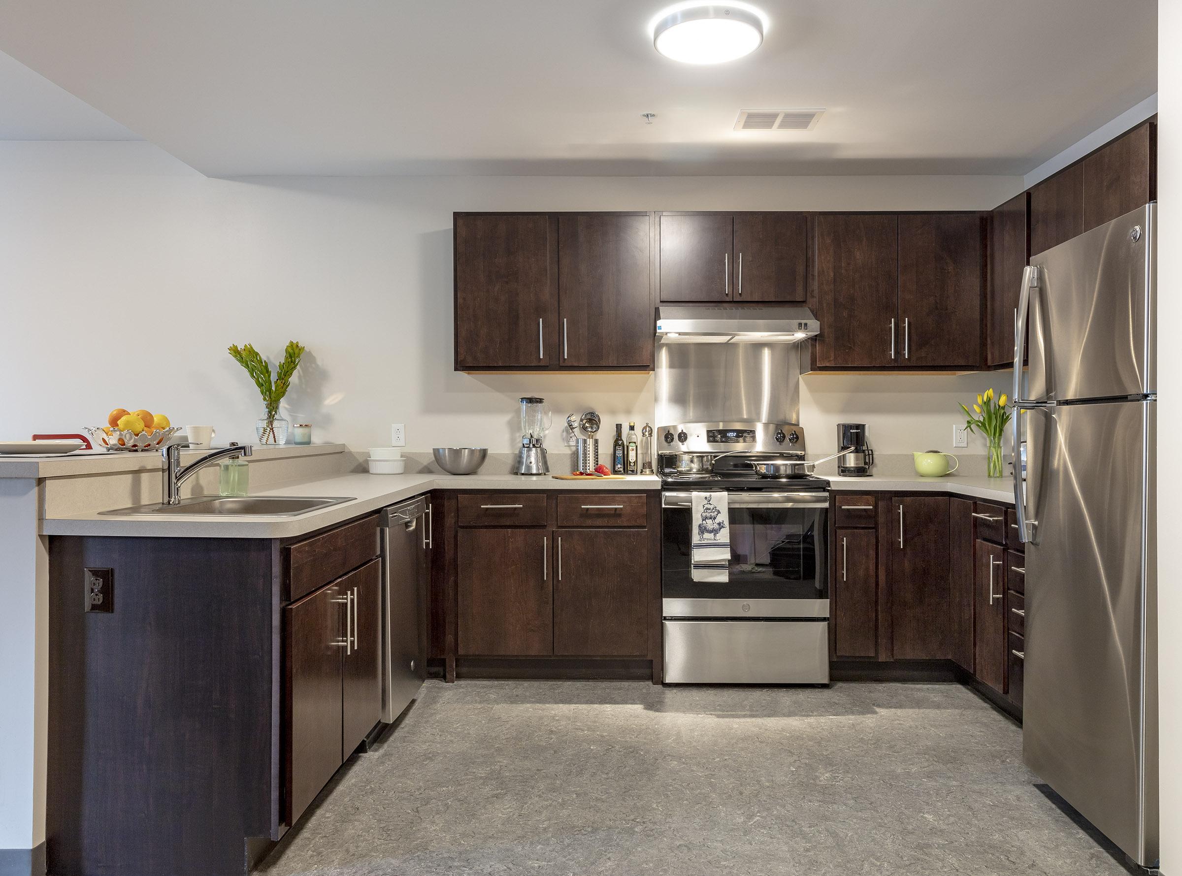 Kitchen-Liz-1750-lowres.jpg