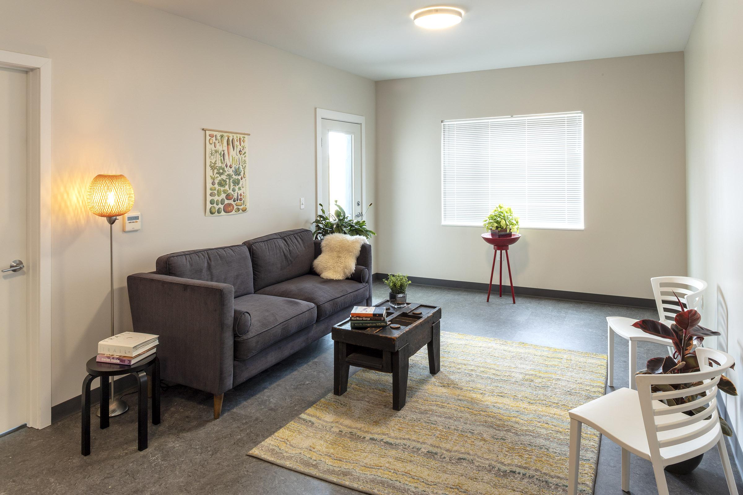 Livingroom-1762-lowres.jpg