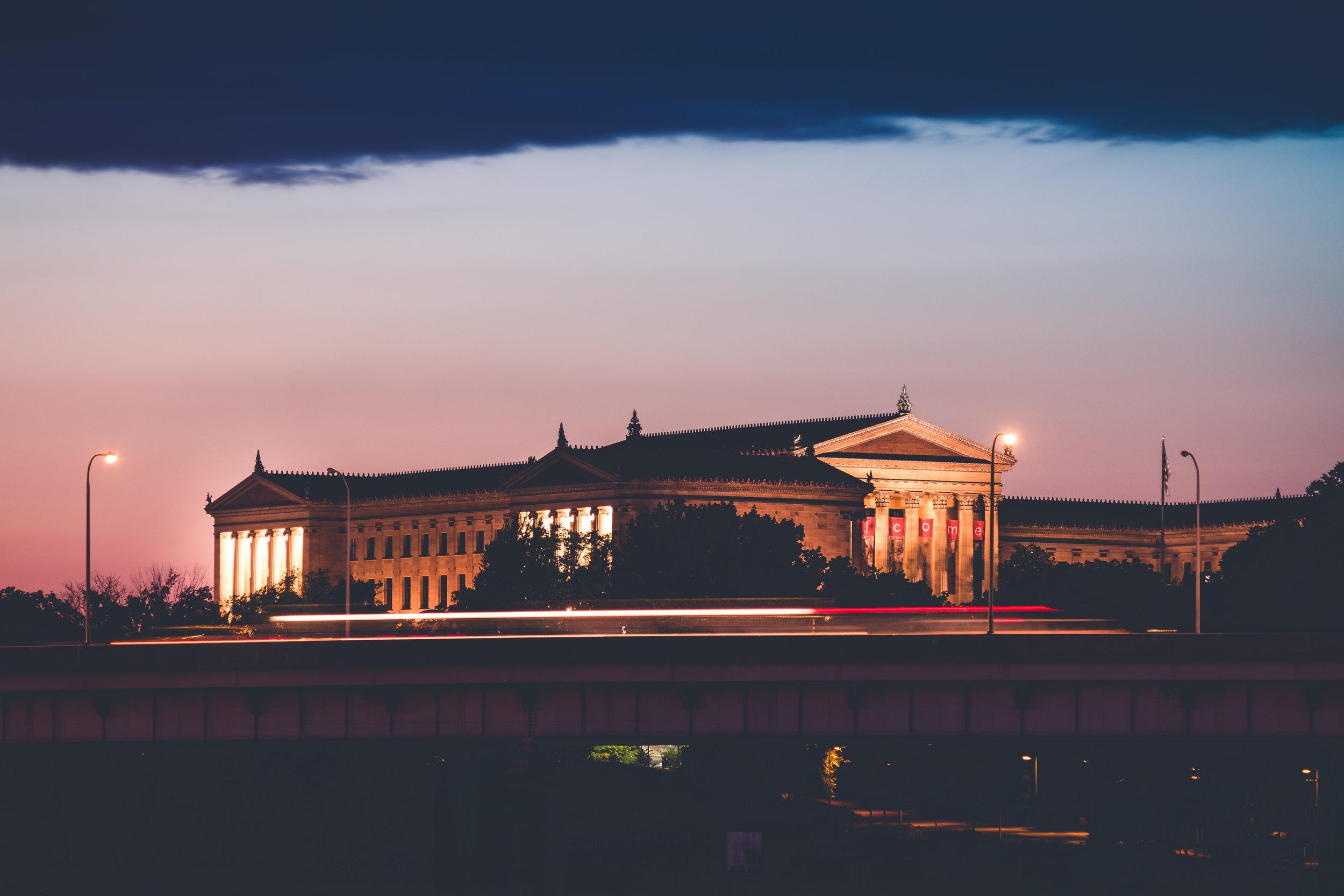 Philadelphia Museum of Art during sunset - Hythacg