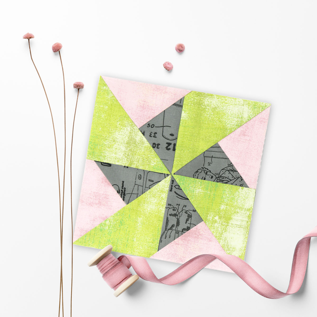 Free quilt along Blockheads 2018, Block 7: Spin Cycle Fabrics used in the block are from Moda,Basic Grey GRUNGE and Zen Chic MORE PAPER