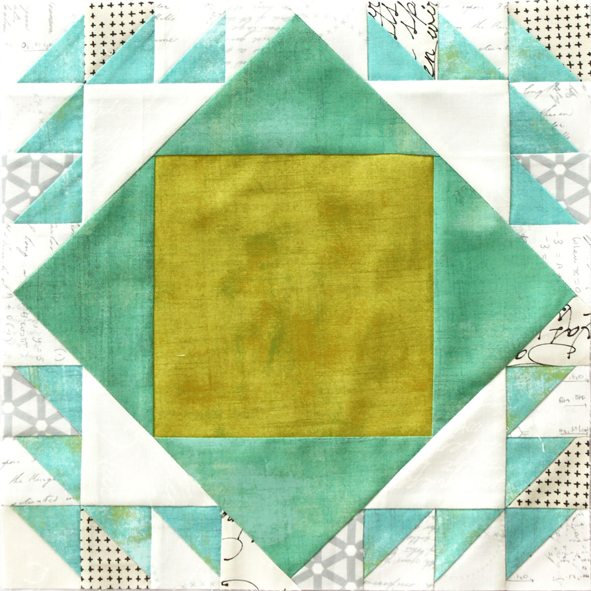 Free quilt along Blockheads 2018, Block 10: Duck and Ducklings Fabrics used in the block are from Moda,Basic Grey GRUNGE and Zen Chic PAPER and MORE PAPER