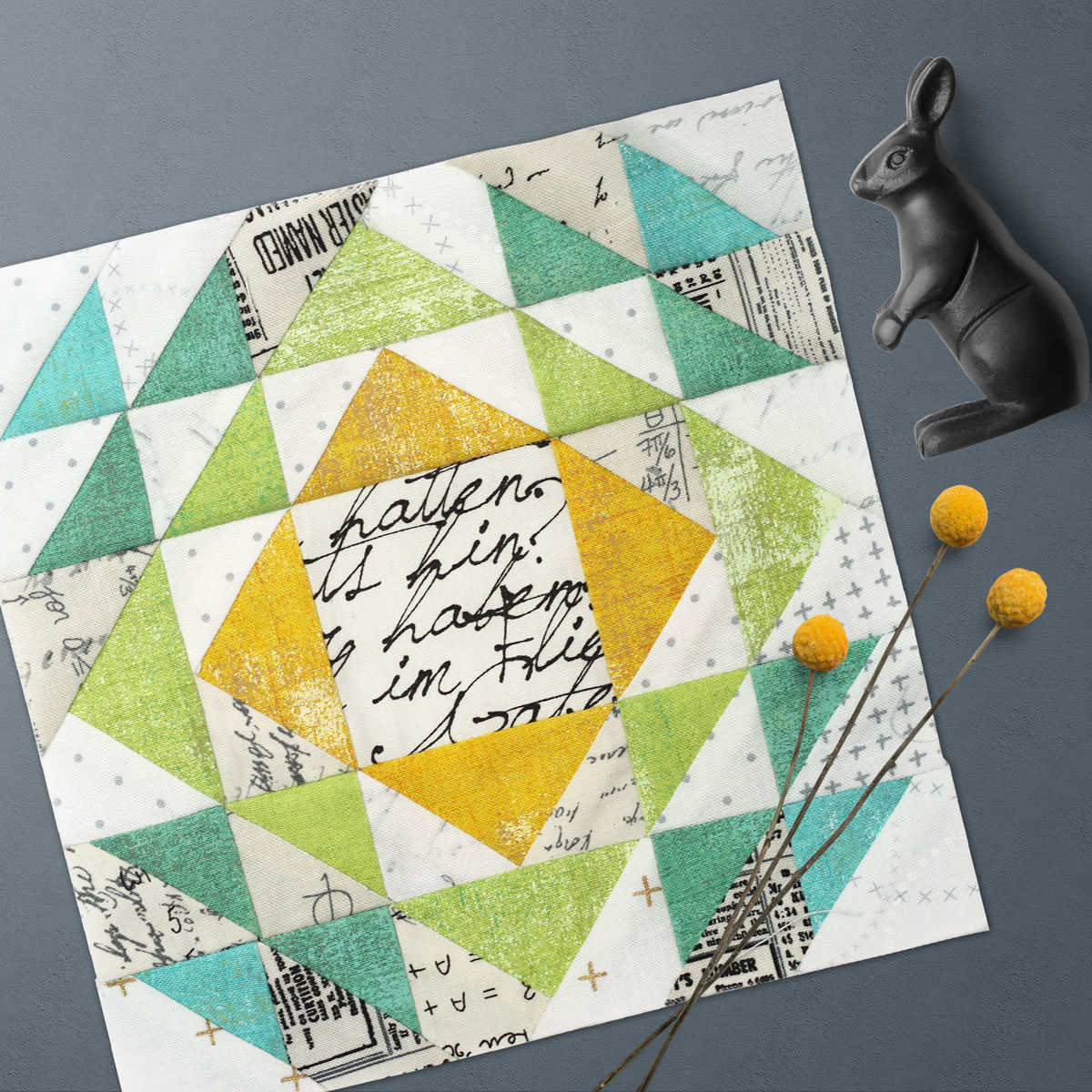 Free quilt along Blockheads 2018, Block 23: Broken Windows Fabrics used in the block are from Moda, Basic Grey GRUNGE and Zen Chic PAPER, MORE PAPER and LUSTER