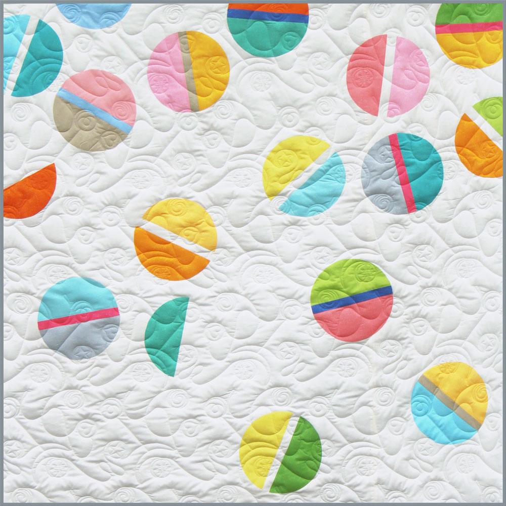baby-balls-quilt-by-zen-chic.jpg