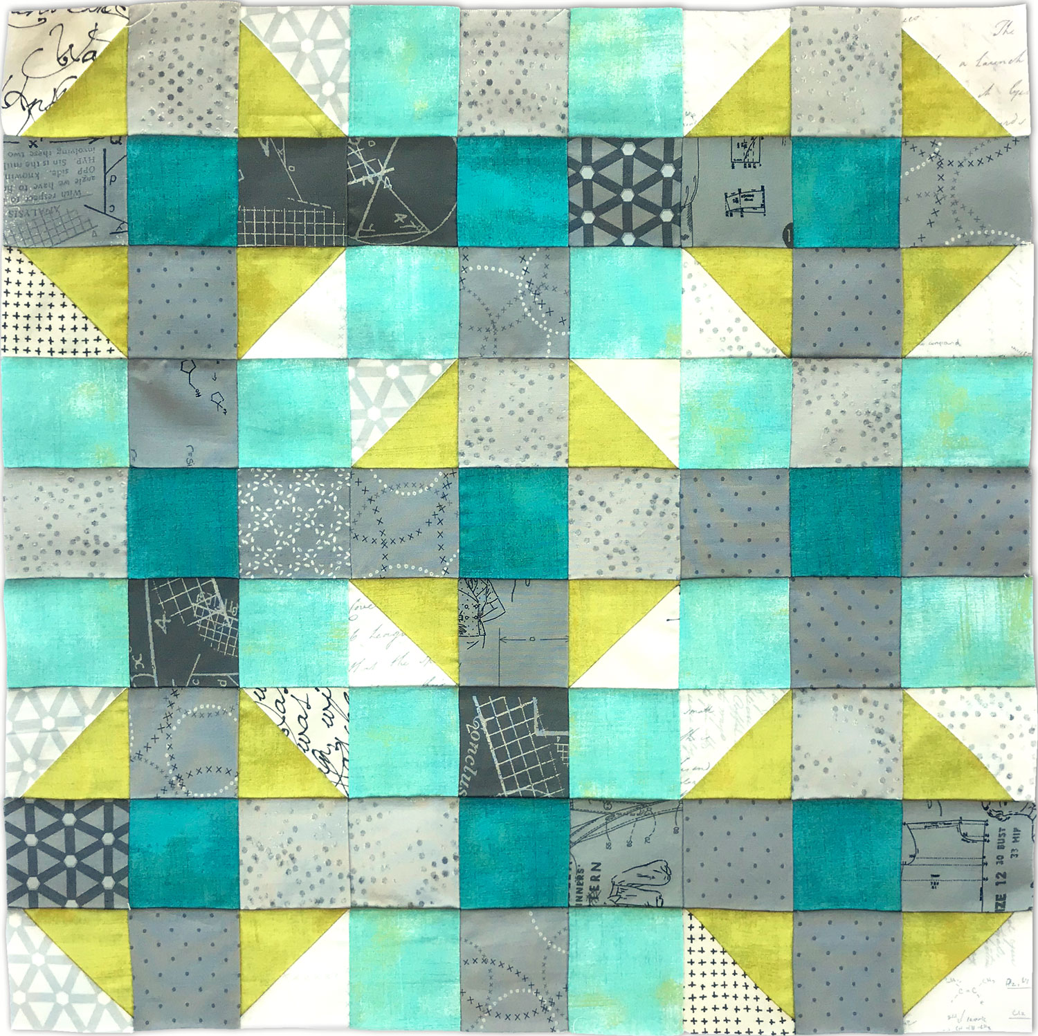 Free quilt along Blockheads 2018, Block 37: Dreamy Fabrics used in the block are from Moda, Basic Grey GRUNGE and Zen Chic PAPER and MORE PAPER