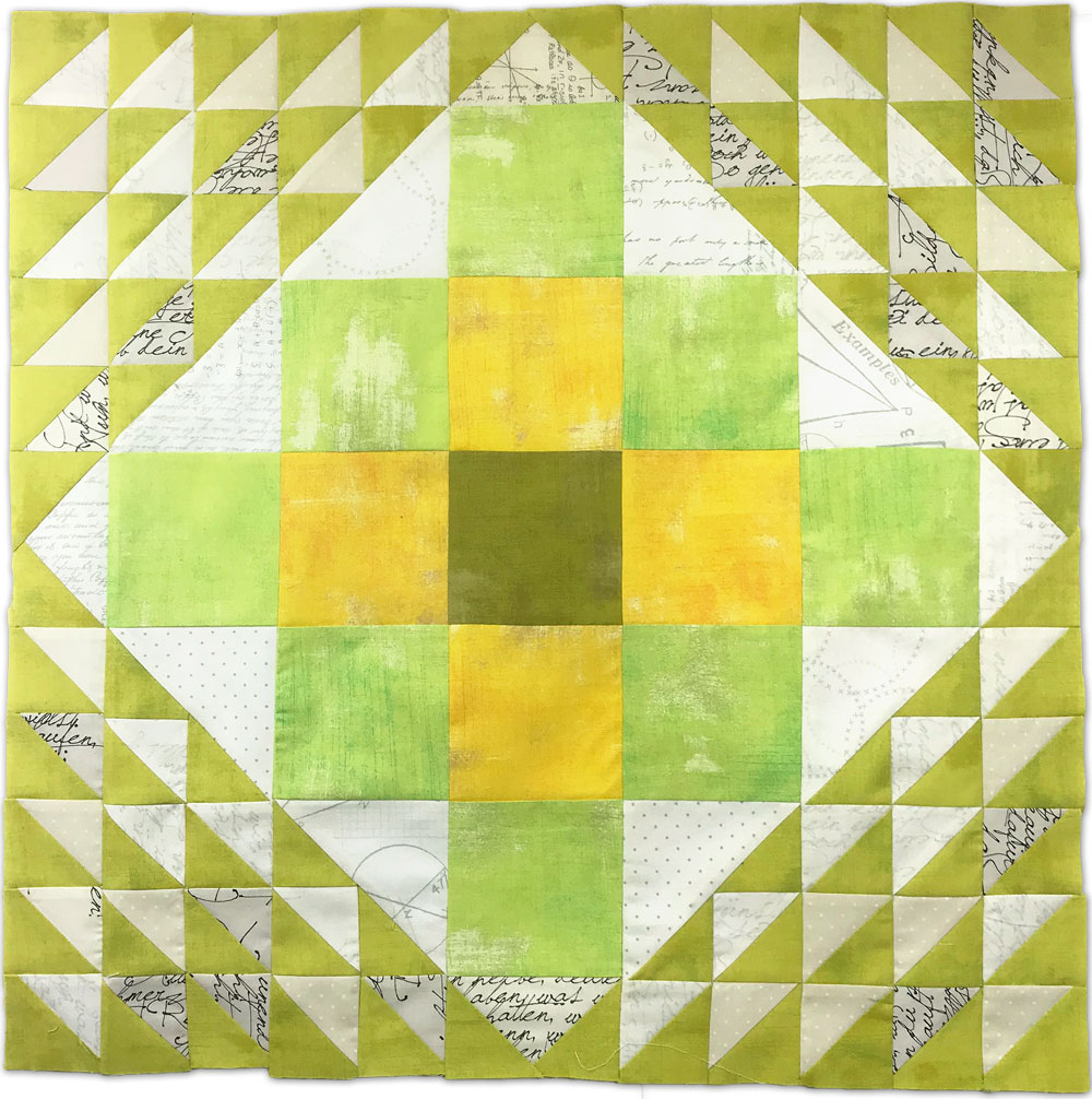 Free quilt along Blockheads 2018, Block 39: Bordered Granny Fabrics used in the block are from Moda, Basic Grey GRUNGE and Zen Chic PAPER
