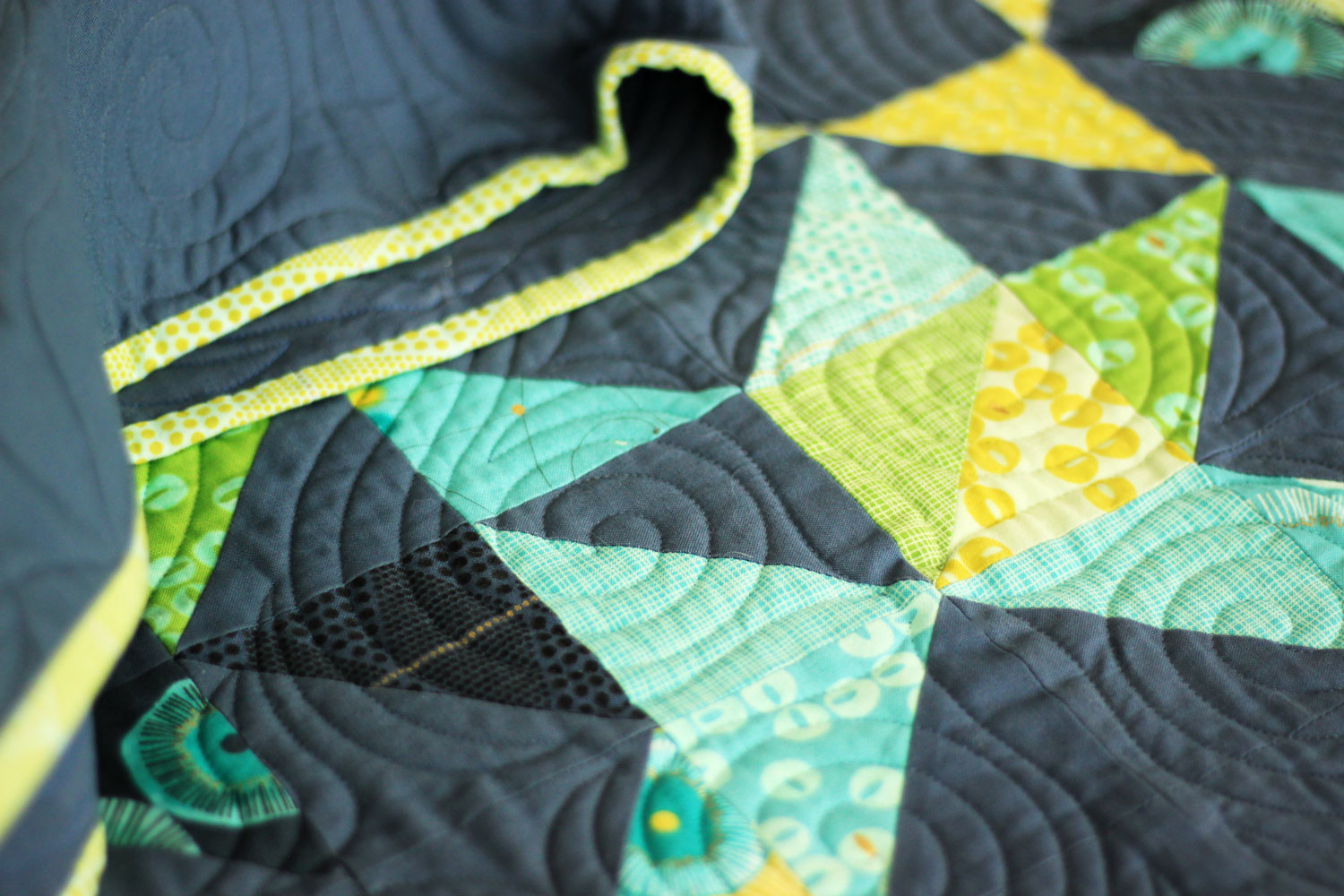 faded-quilt-pattern-by-zen-chic-02.jpg