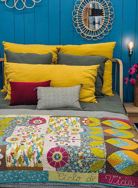 Bela-Flor-Béatrice-Airaud-quilt-patchwork-magazine-simply-moderne-17-summer-2019-443x600.jpg