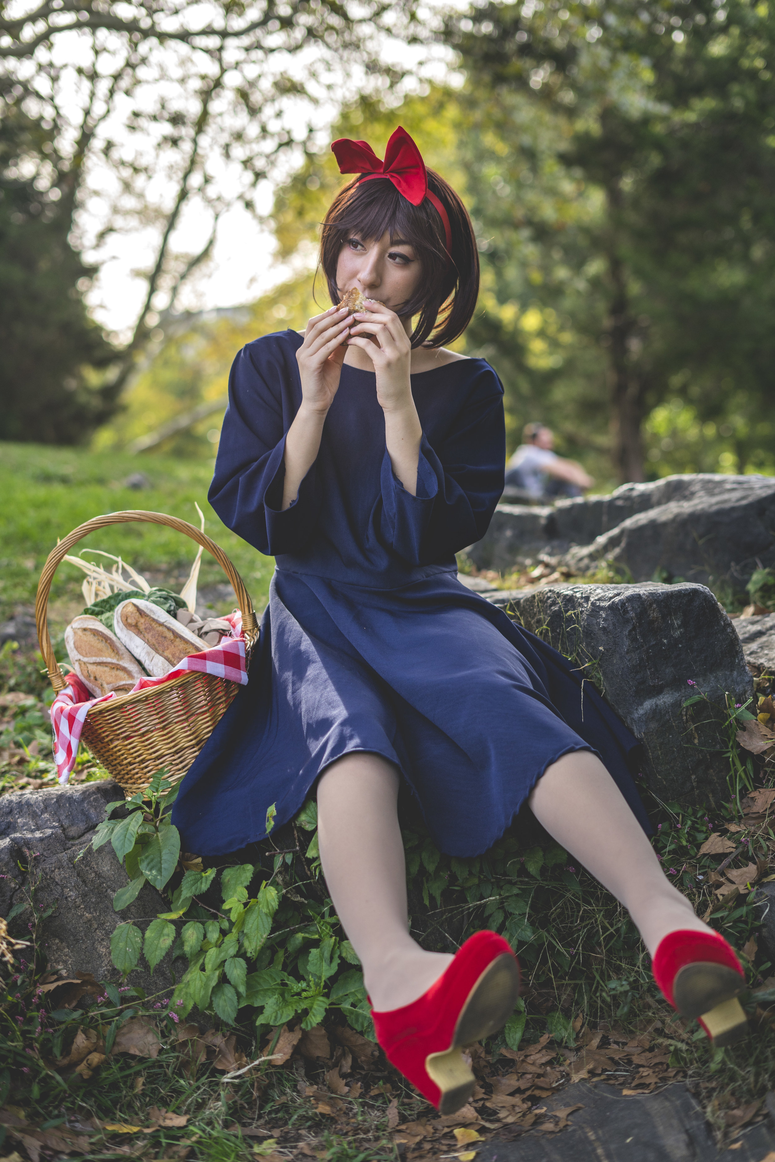Kiki's Delivery Service    cosplay by     @starsplat