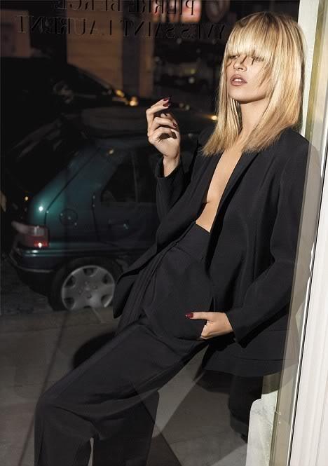 b914ecb0b439705dde3d9b44e6c5aecb--smoking-jacket-le-smoking.jpg