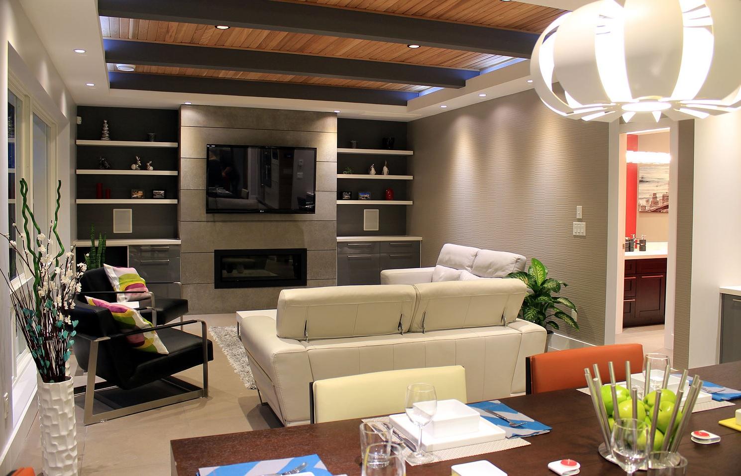 Barmond Family Room 2.jpg