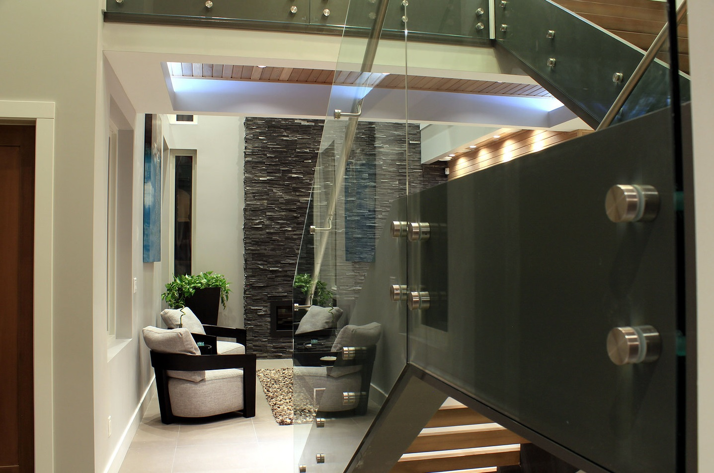 Barmond Stairs Living Room 2.jpg