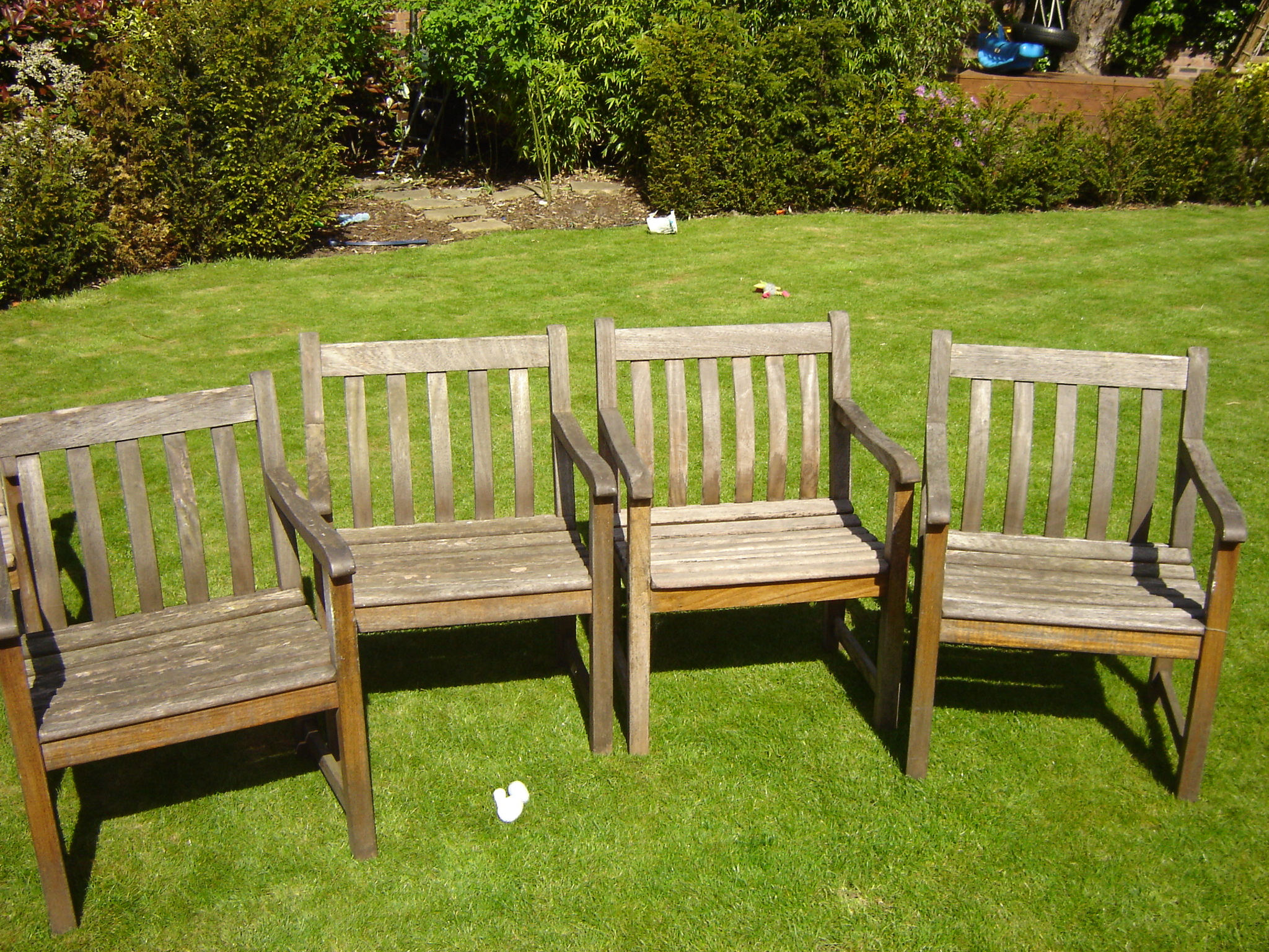 Is your garden furniture looking tired ?