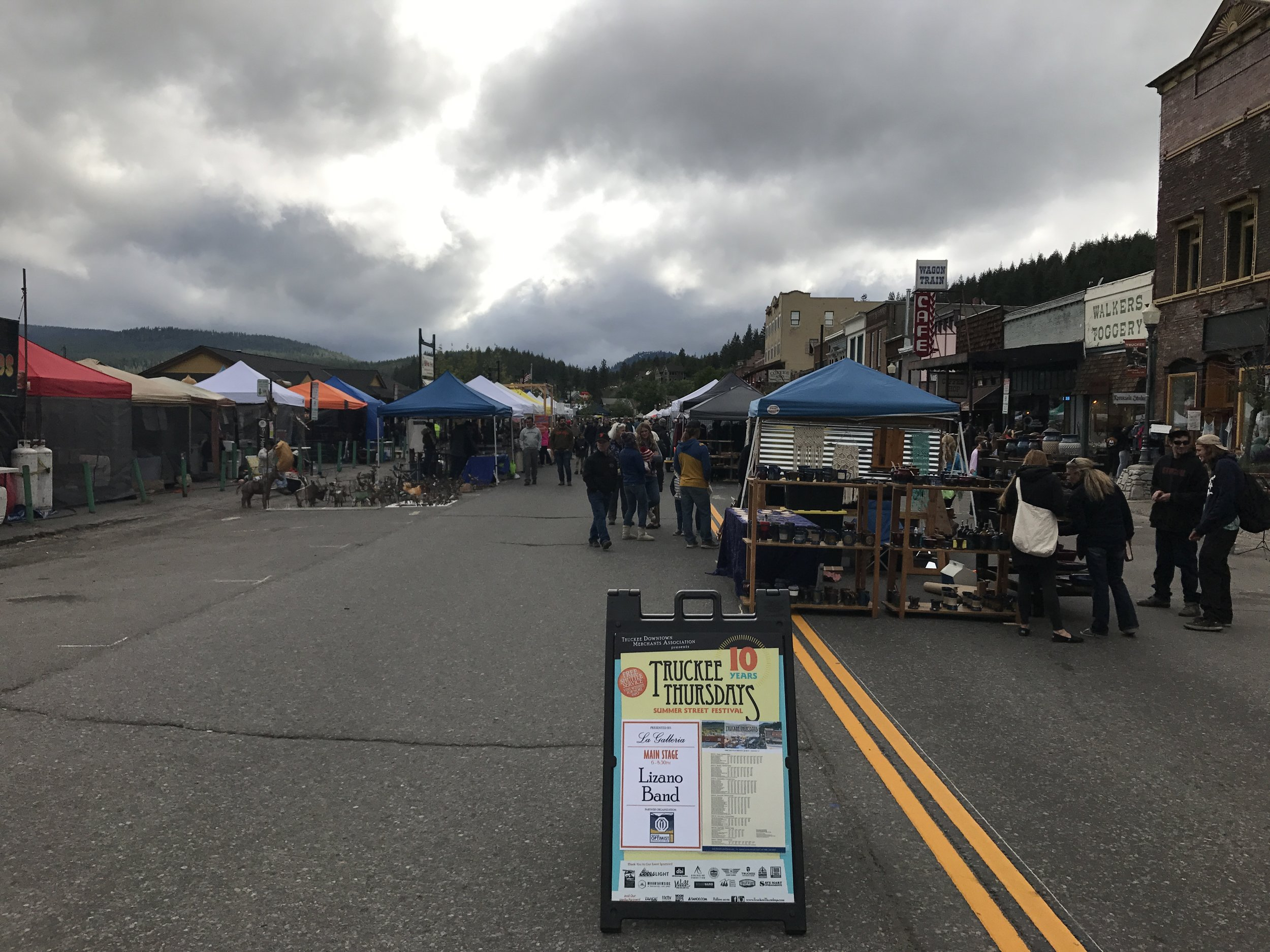 The crowd was still strong at the first Truckee Thursday of the year despite the weather!