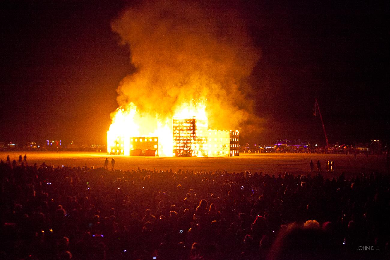 John-Dill-burn-night-2012-9144.jpg