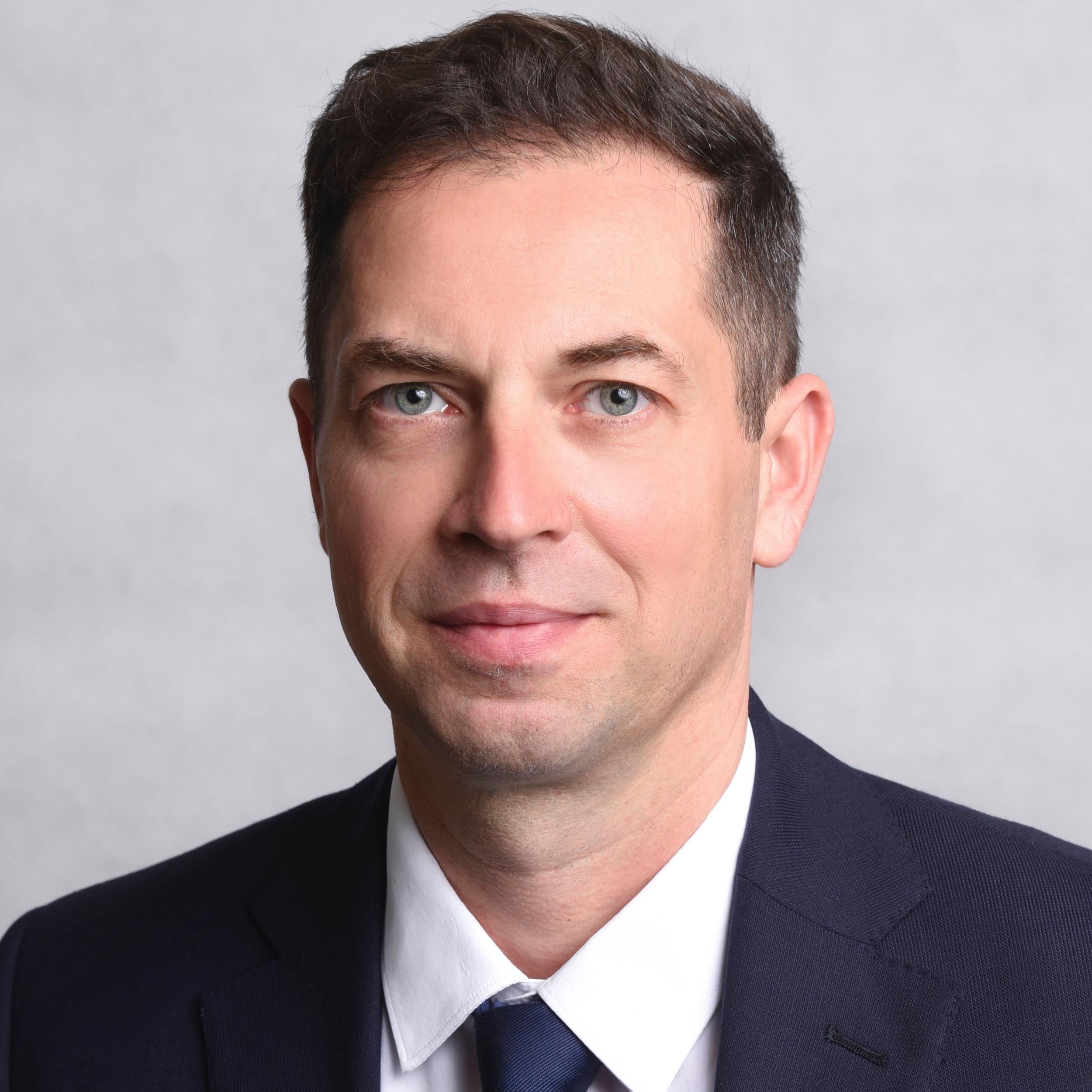 dr. Fehérváry Ákos  partner Baker McKenzie