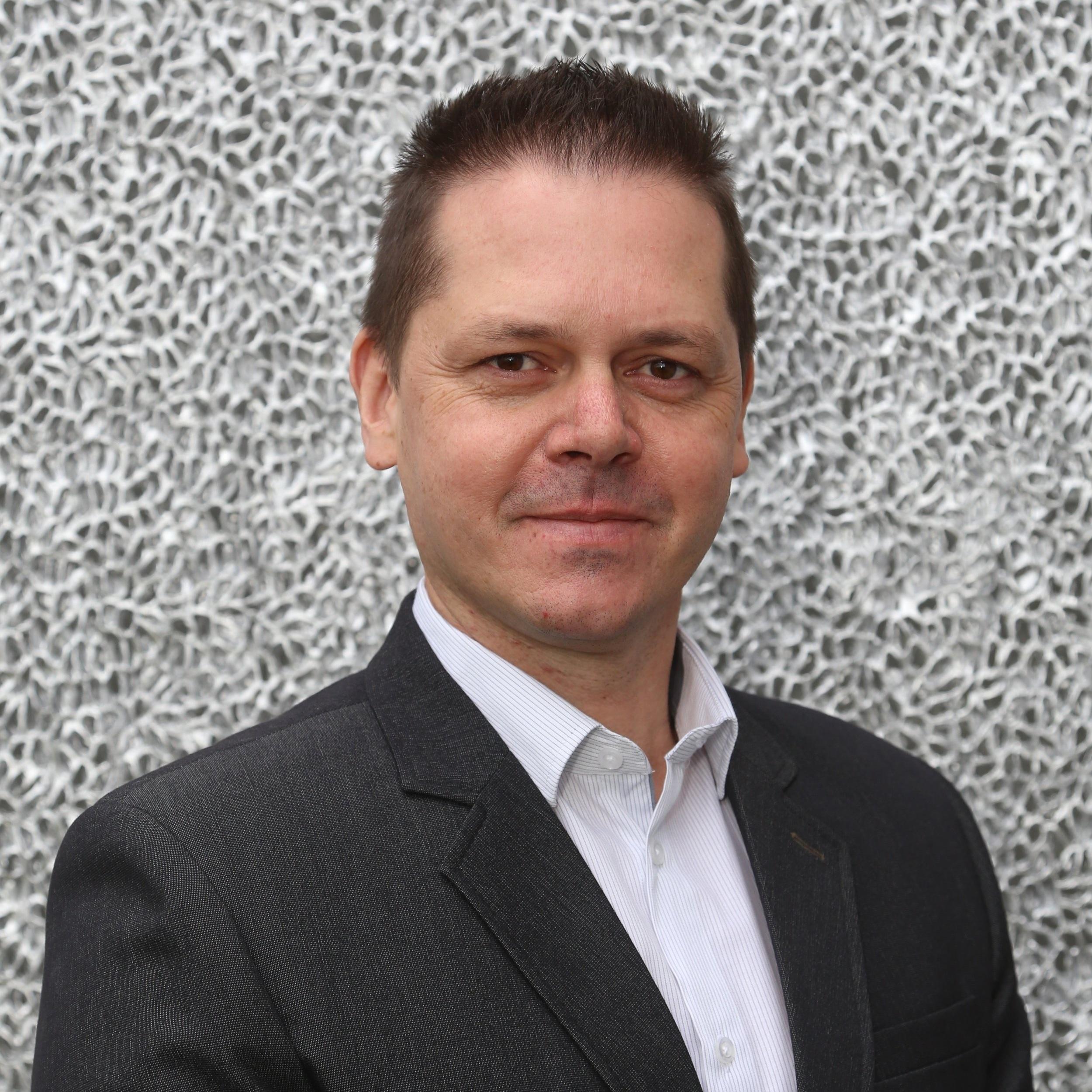 Kaszab István  CEO Aluinvent
