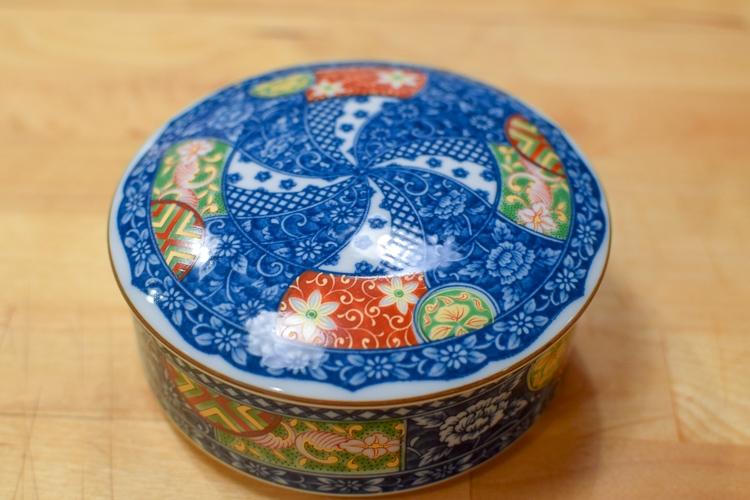 vintage porcelain decorative boxes